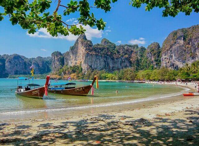 weisser-strand-in-thailand